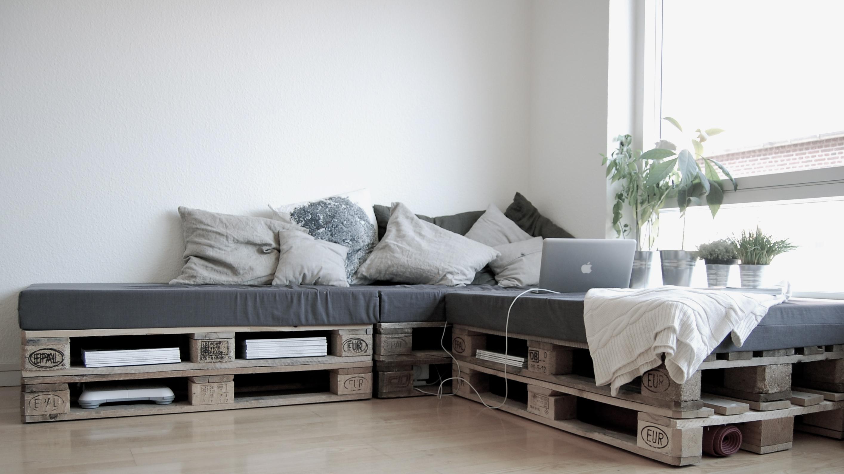 nanabech. Black Bedroom Furniture Sets. Home Design Ideas